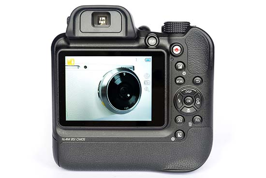 Samsung WB2200F Preview