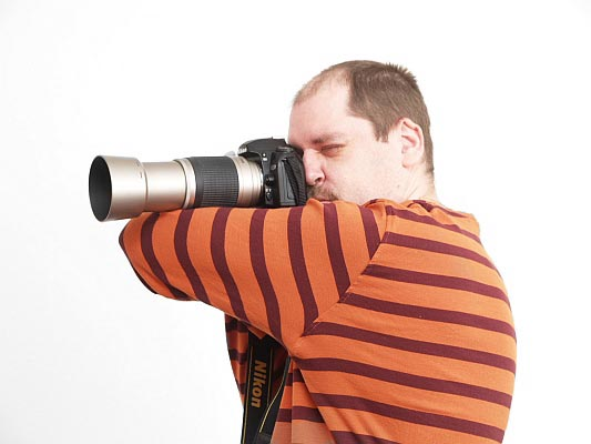 How to Hand-hold a Telephoto Lens