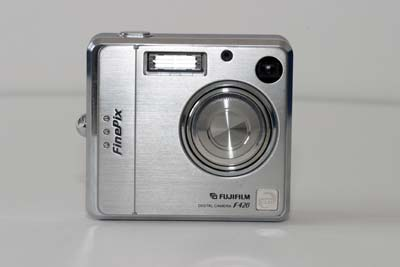 Fuji FinePix F420 Zoom #1