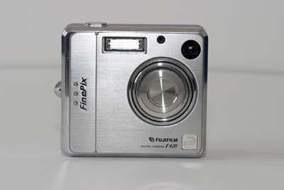 Fuji FinePix F420 Zoom #1