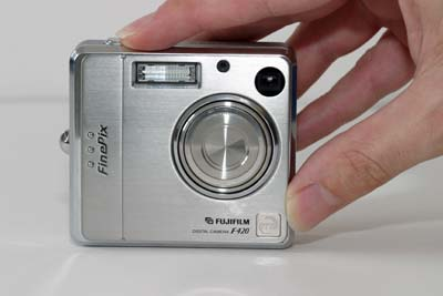 Fuji FinePix F420 Zoom #13