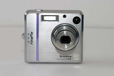 Fuji FinePix F420 Zoom #2