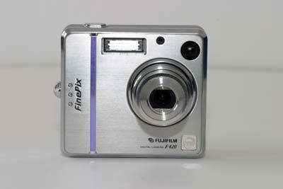Fuji FinePix F420 Zoom #2