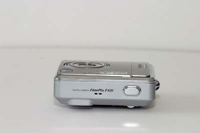 Fuji FinePix F420 Zoom #9