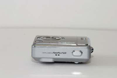 Fuji FinePix F420 Zoom #9
