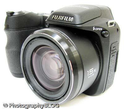 Fujifilm FinePix S2000HD