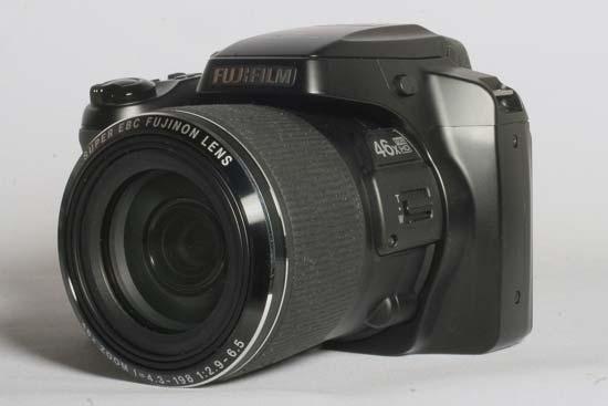 Fujifilm FinePix S8500