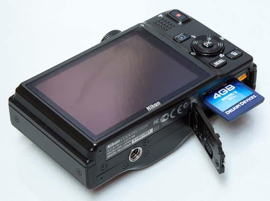 Nikon Coolpix S8200