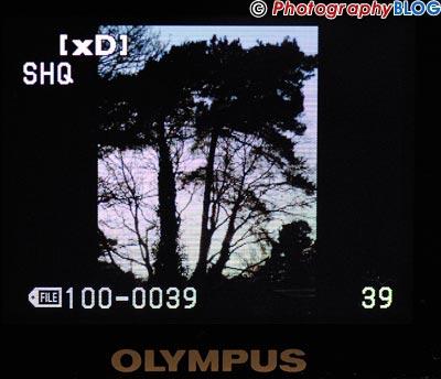 Olympus E-400