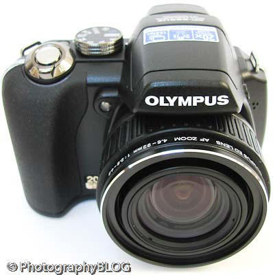 Olympus SP-565 UZ