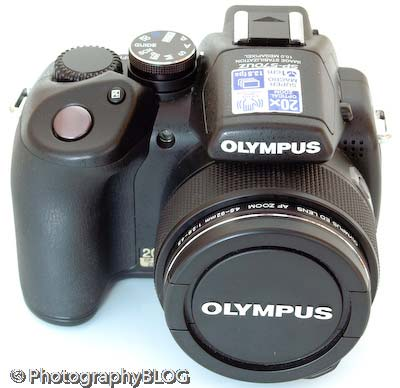 Olympus SP-570UZ