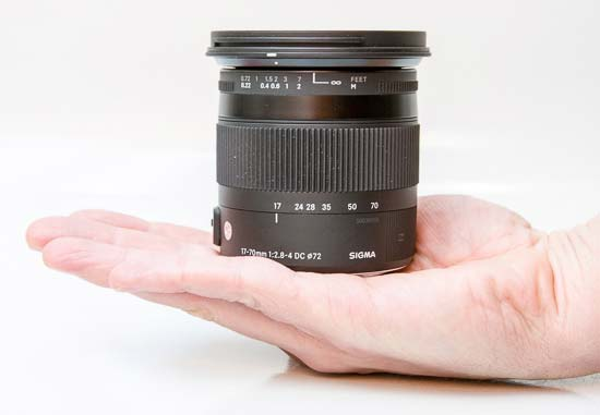 Sigma 17-70mm F2.8-4 DC Macro OS HSM C