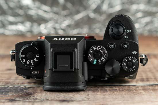 Canon R3 vs Sony A9 II - Head-to-head Comparison