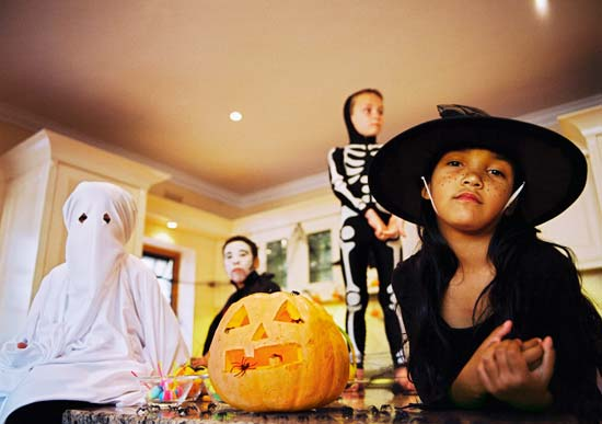 How to Create Frighteningly Good Photos This Halloween