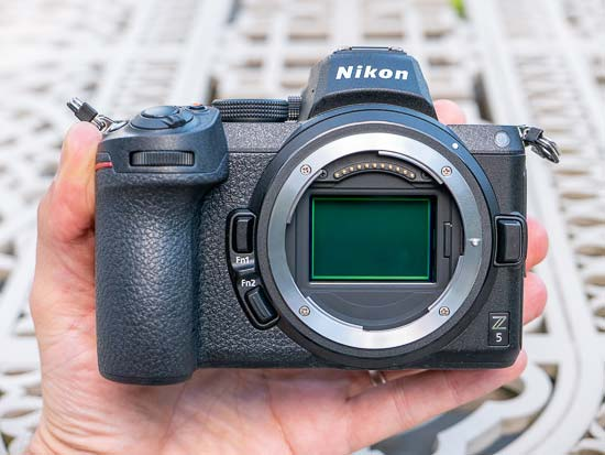 Nikon Z5 vs Z6 - Head to Head Comparison