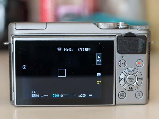 Fujifilm X-A20