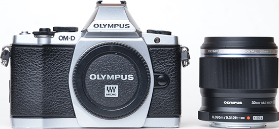 Olympus M.ZUIKO Digital ED 300mm f/4 IS Pro