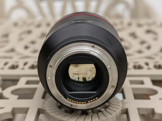 Samyang AF 85mm F1.4 RF