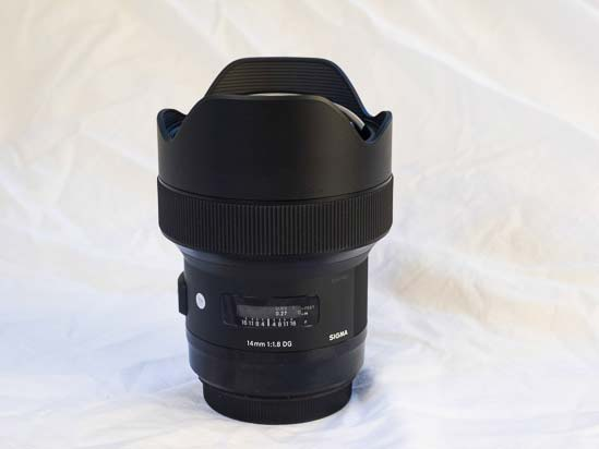 Sigma 14mm f/1.8 DG HSM Art