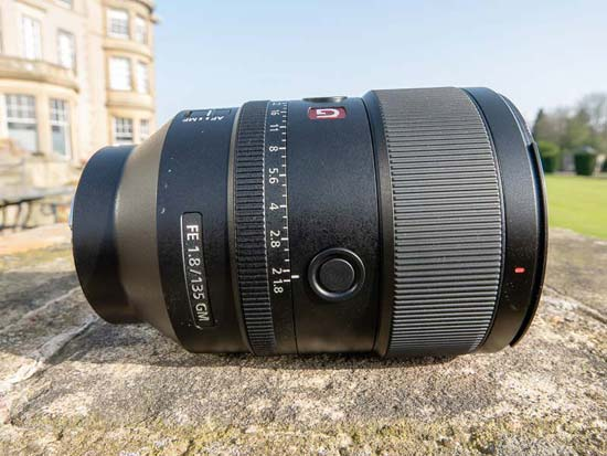 Sony FE 135mm f/1.4 GM
